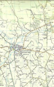 An extract from OS Map 54 which shows Mountmellick an the separating dotted black line which marks the two county lines for Laois & Offaly